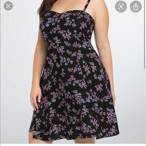 Torrid 4x black with floral print skater dress